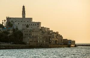 Первый зимний месяц в Израиле пользуется меньшей популярностью среди любителей пляжного отдыха, все больше гостей приезжает посмотреть исторические ценности