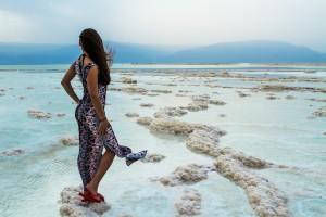 Мертвое море еще теплое, здесь можно поправить здоровье и набраться сил